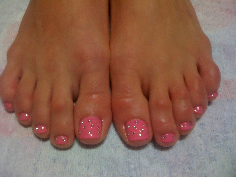 Ногти гель на ногах